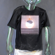 article-12-100-70-cm-t-shirt-and-oil-on-canvas